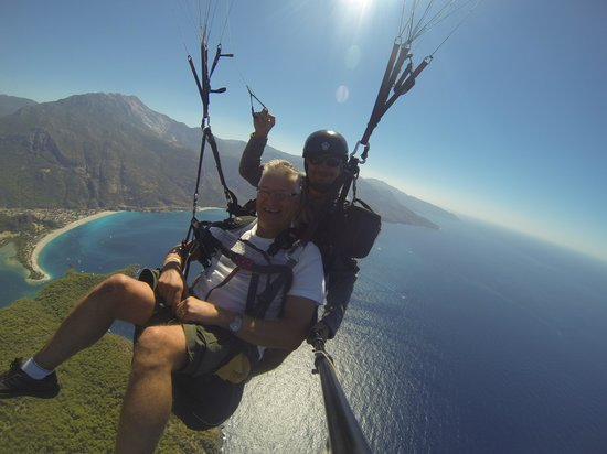 Sky Sports Paragliding: flying like a bird