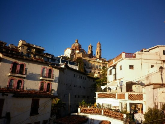 Hostal Joan Sebastian: Vista matutina desde la terraza del hotel