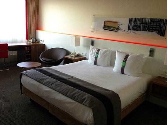 Holiday Inn Eindhoven: Room