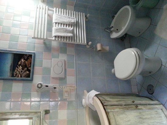Villa Elisa Casa Vacanze: Bathroom