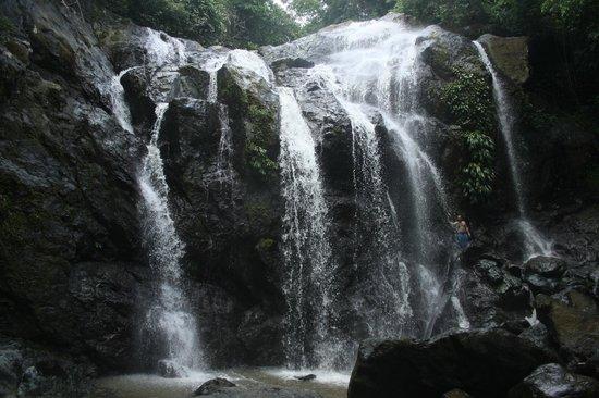 Carpe Diem Villa : Argile Waterfalls