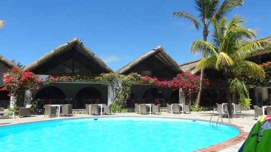 pool area photo de veranda palmar beach belle mare tripadvisor. Black Bedroom Furniture Sets. Home Design Ideas
