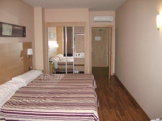 Hotel Best Triton: room in the annex