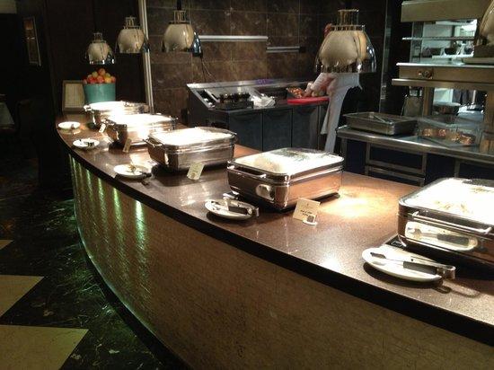 The Shelbourne Dublin, A Renaissance Hotel : Breakfast Buffet, Hot Foods