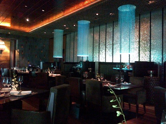 Blue Ginger: Glowing blue decor