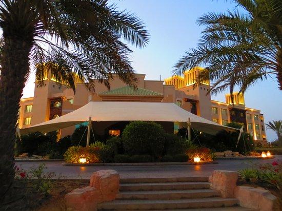 Anantara Desert Islands Resort & Spa: Eingangsbereich