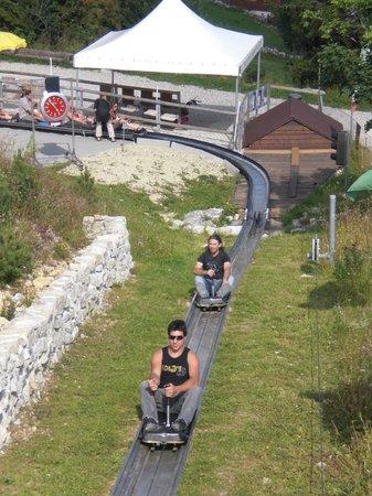 Le Toboggan Géant de La Vue-des-Alpes : Subido