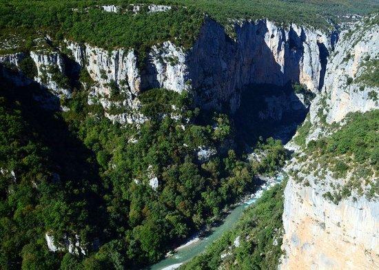 Sentier Martel : The Verdon seen from the descent from Chalet de la Maline