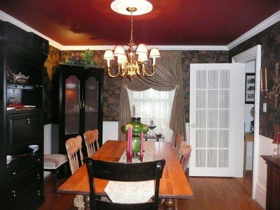 Grant House Bed & Breakfast: Breakfast/Dining Area