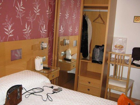 Hostal Abami II: Habitación Hotel Abami II