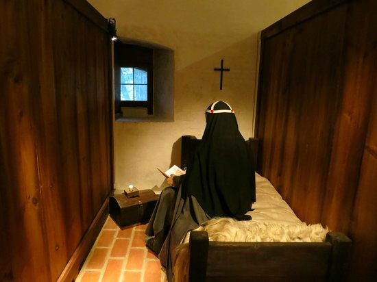 Vadstena, Sverige: A sleeping cell in the old nunnery