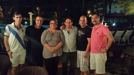 Occidental Isla Cristina: mi familia y yo con el animador Pedro