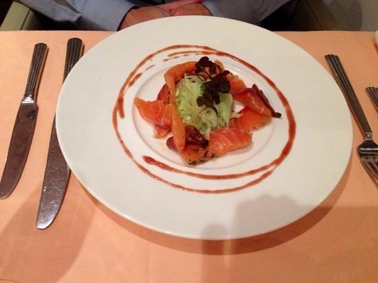 Restaurant Tuttendoerfl : Lachs mit Wasabi-Kraut