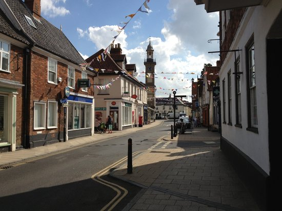 200 listed buidlings & dozens of independent shops in Harleston