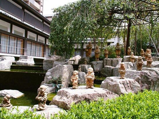 Chohoji Temple: 可愛い十六羅漢
