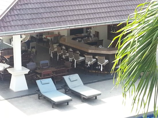 Tropical Palm Resort and Spa : Hotelbar