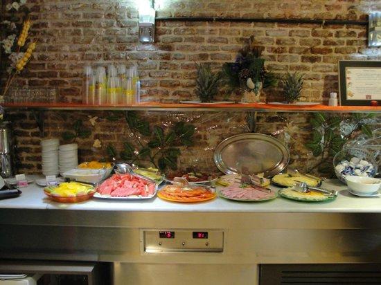 Petit Palace Arenal : Desayunador