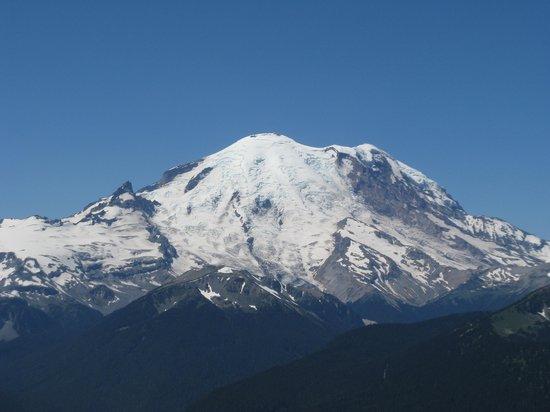 Best Ski Slopes For Kids Near Seattle