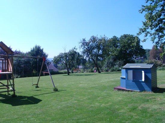 Auby-sur-Semois, Bélgica: Tuin