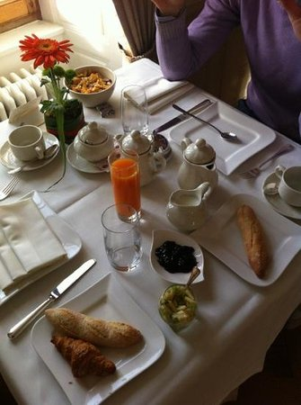 Hostellerie Le Petit Manoir : colazione