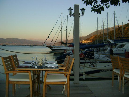 Marina Boutique Fethiye  Hotel: table for four?