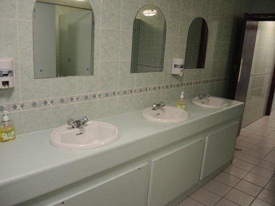 White Hart Hotel: ;-)