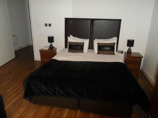 The Heart Apartments - MediaCityUK: Bedroom in lounge area