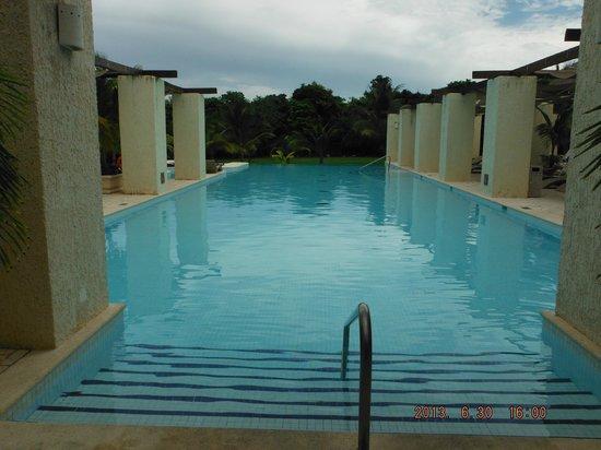 Grand Palladium Kantenah Resort & Spa: The Spa Pool