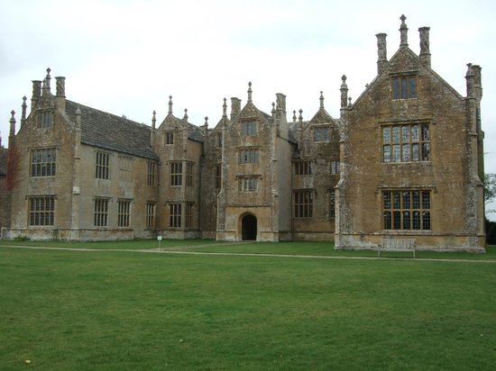 Barrington Court: Rear View