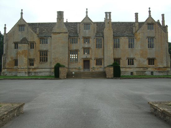 Barrington Court: Front View