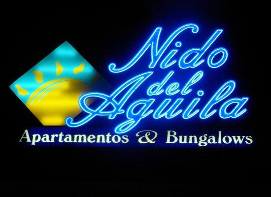 Nido del Aguila Lara Apartments: Apartments sign