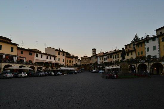 Albergo del Chianti: la piazza di Greve