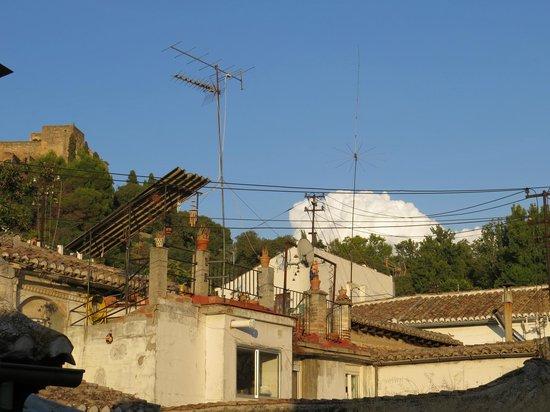 Puerta de Las Granadas: Вид на Башню