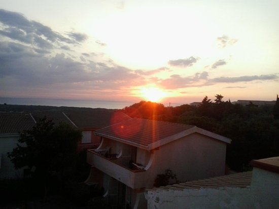 Le Onde Residence: Vista appartamento (tramonto)