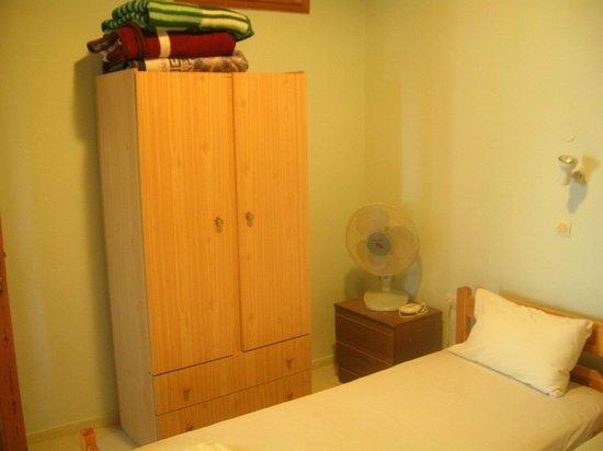 Schlafzimmerschrank - Picture Of Sevasti Studios, Symi - Tripadvisor Schlafzimmerschrank