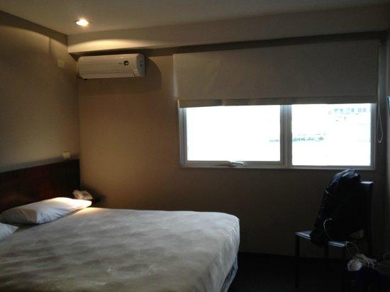 Azul Hotel: Apartamento novo, todo em drywall.