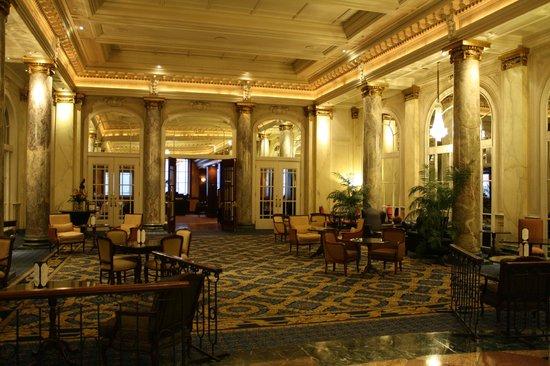 The Fairmont Palliser : Lobby