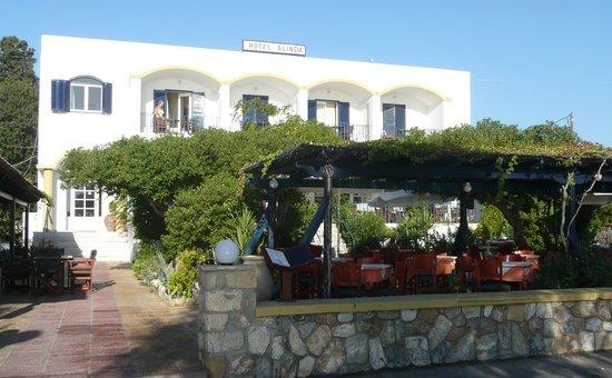 Alinda Hotel: The Hotel