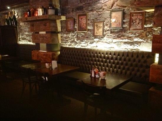Auberge du Vieux-Port : Gasper Tavern