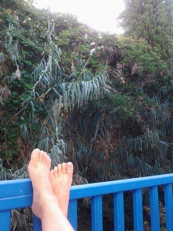 Hotel Minoa: vue depuis balcon à l'arrière de l'hotel