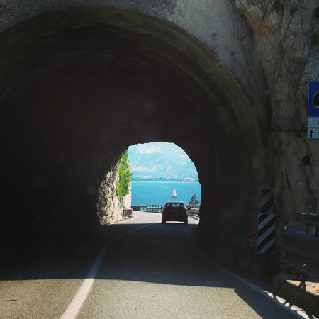 Grand Hotel Fasano : Ah, That Long, Winding, Scenic Road to the Hotel