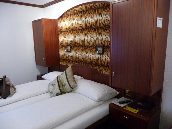 Hotel Murtenhof & Krone : Notre chambre