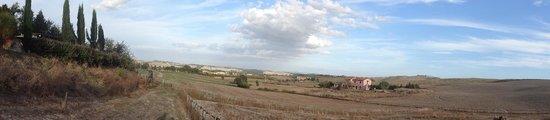 Il Canto del Sole : View from raised terrace