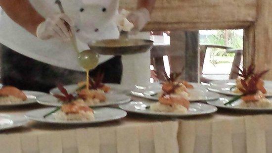 Casa Velas: Tableside Service Friday Night