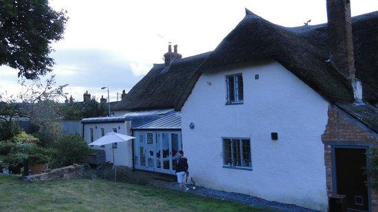 Arden Cottage Bed and Breakfast: arden cottage (back)