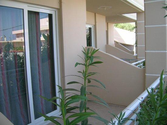 Stegna Bay: große Balkone