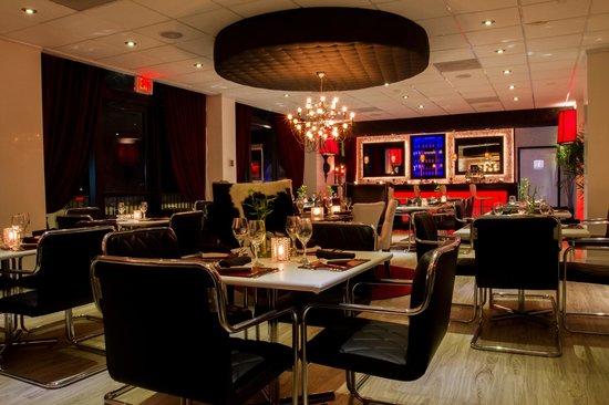 Center Table Picture Of Lola Restaurant Amp Grill Miami