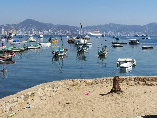 Playa Manzanillo, Av.Costera M.Aleman, Acapulco