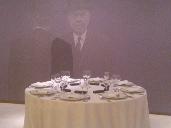 Musee Magritte Museum - Royal Museums of Fine Arts of Belgium: Tavolo per cena di gala al Museo Magritte