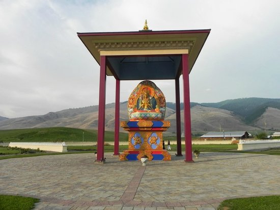 Arlee, MT : Garden of One Thousand Buddhas